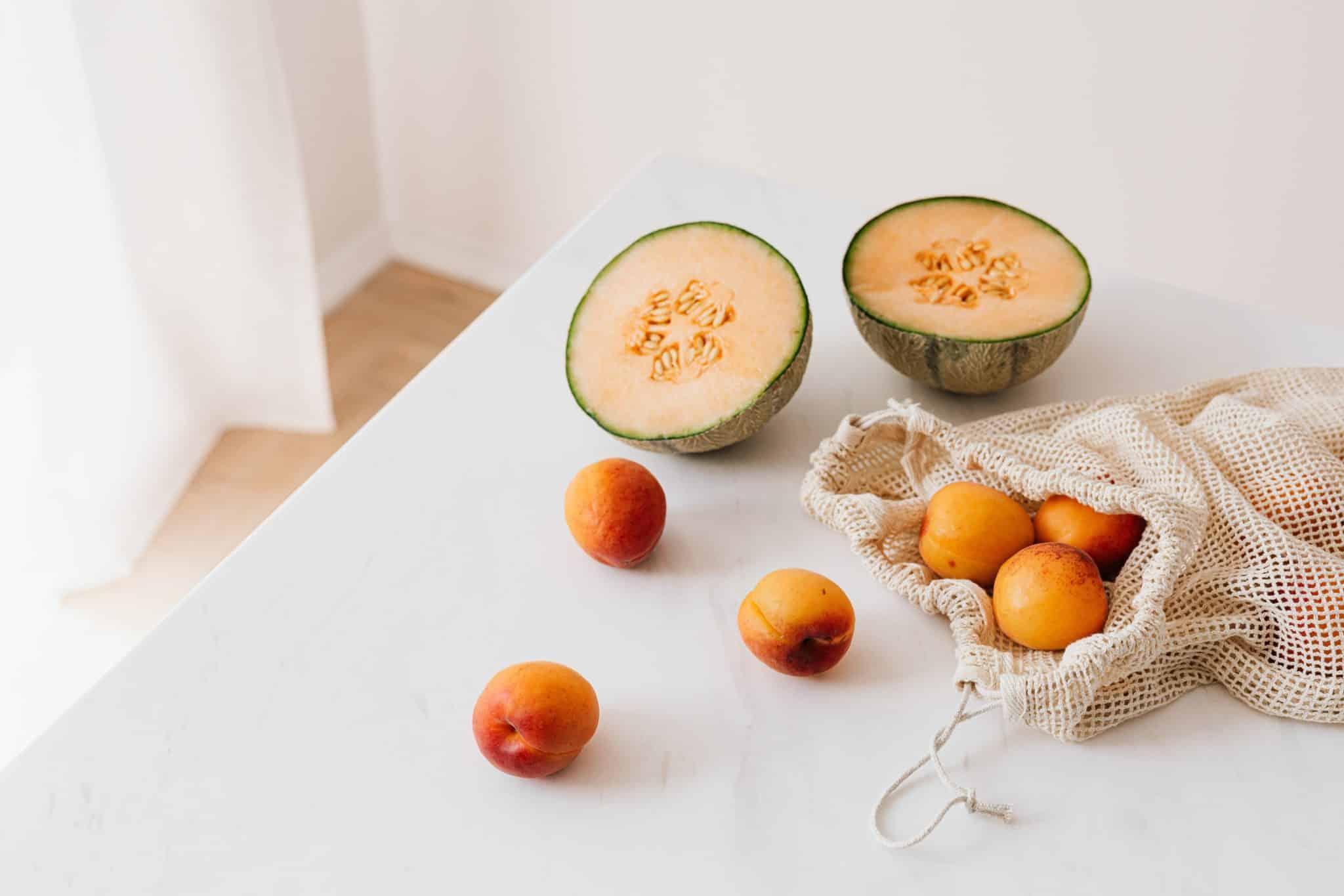 """""""Il ne faut pas manger de fruit à la fin du repas"""" : mythe ou réalité ?"""